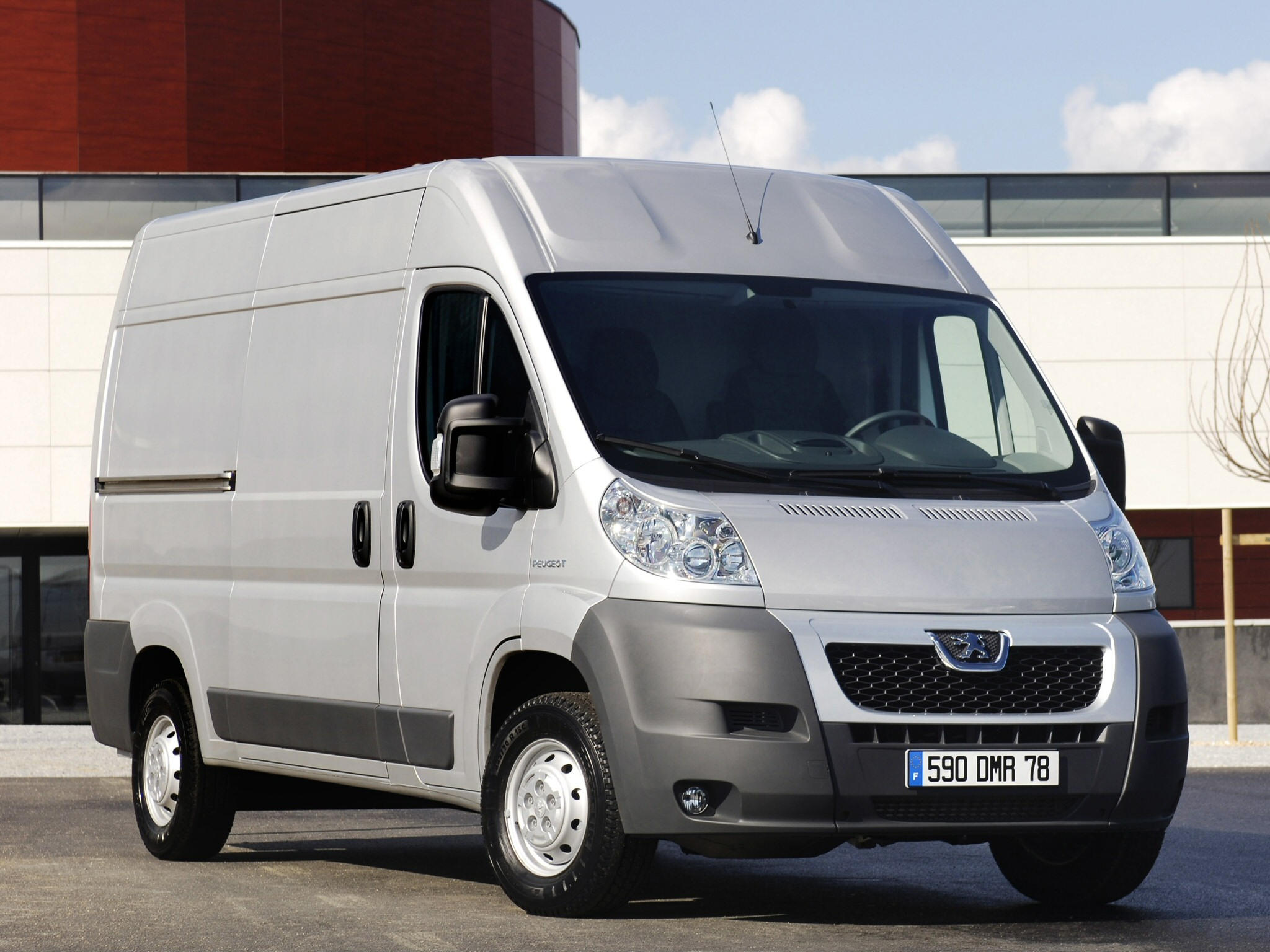 peugeot boxer light trucks commercial vehicles technical data light trucks commercial. Black Bedroom Furniture Sets. Home Design Ideas